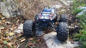 Traxxas Summit electric monster