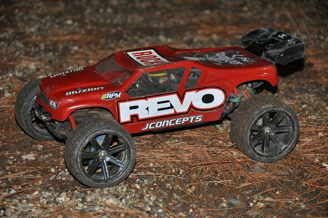 Elecric or nitro rc cars?